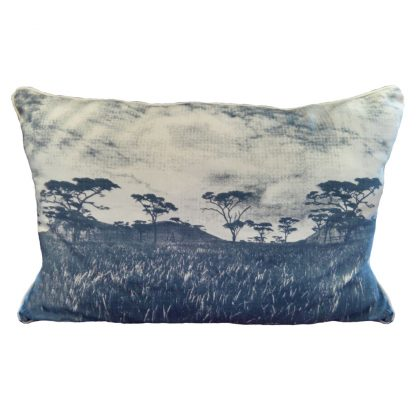 Veld blue grey on natural 90cm X 50cm